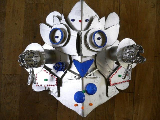 ダンボールで作る大きなお面鉄仮面伝説