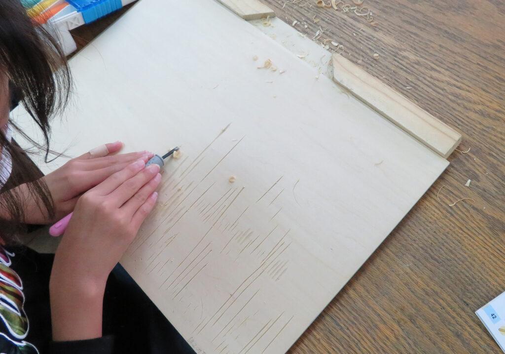 彫り進み木版画