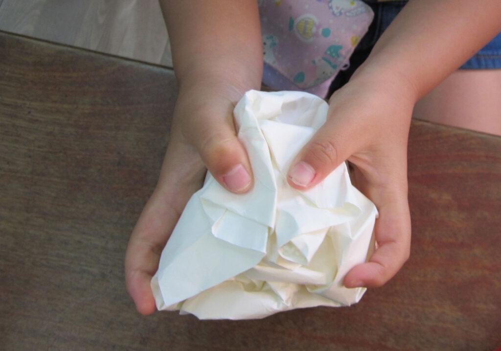 くしゃくしゃ紙から生まれたよ
