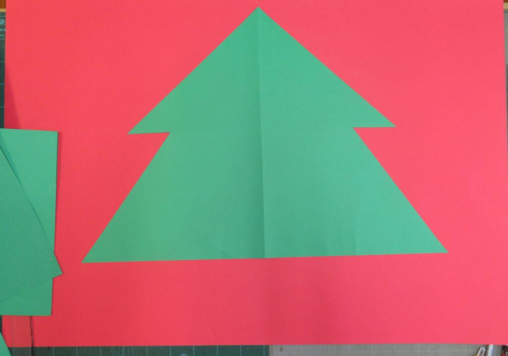 12月の壁面掲示クリスマスツリー