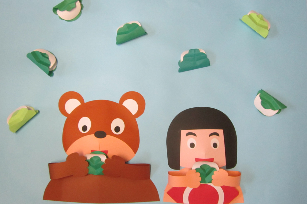5月の壁面掲示金太郎と柏餅